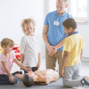 Førstehjælp i børnehøjde for børn mellem 3 og 6 år